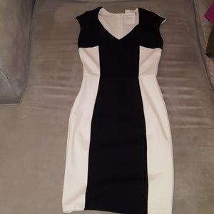 Dresses - Black and white body-con dress